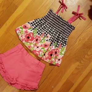 NWT Girls Gingham & Roses 2 Piece Shorts & Tops